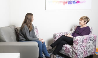 Psychology support to manage teenage stress